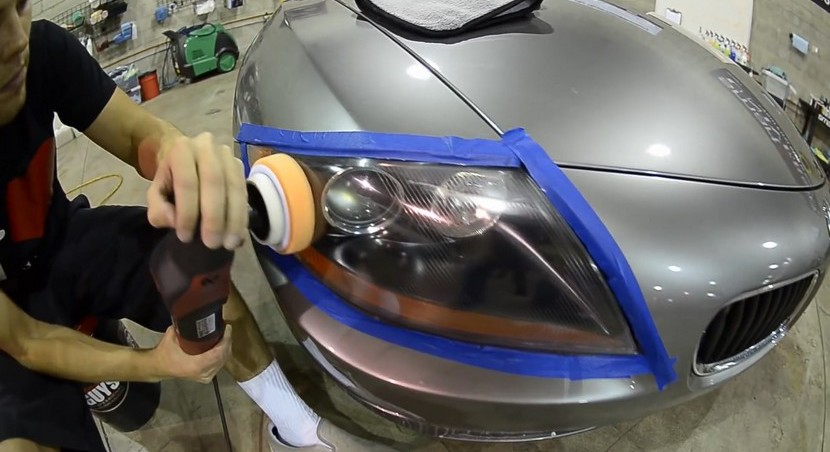 How to appy polish to your car headlight