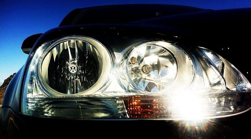 polish car headlights