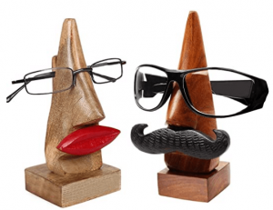 Nose shaped spectacle holder